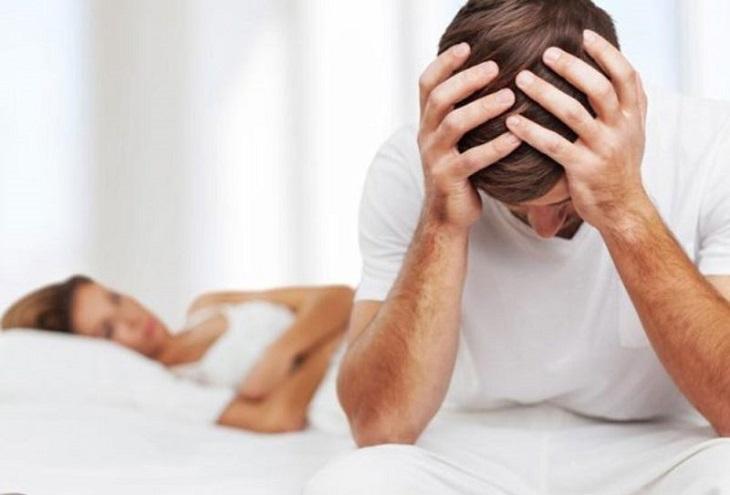 Yếu sinh lý tiềm ẩn nhiều nguy hiểm ảnh hưởng đến sức khỏe, tâm lý người mắc