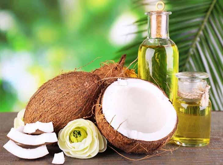 Thoa trực tiếp dầu dừa lên da để chữa bệnh