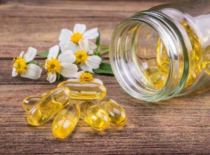 Vitamin E và dầu oilu kết hợp với dầu dừa cũng là cách làm đẹp da hiệu quả