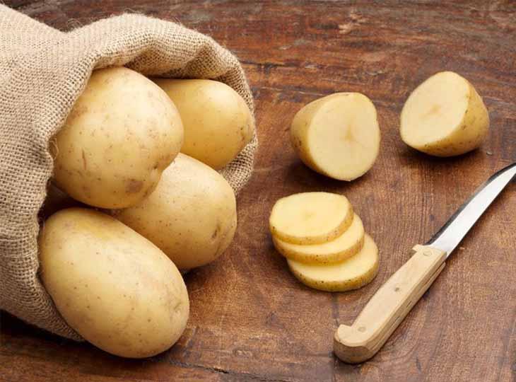 Cách chữa chàm bằng khoai tây được đánh giá là an toàn và dễ thực hiện