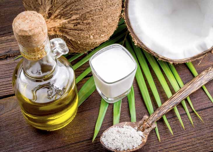 Dầu dừa là nguyên liệu tự nhiên an toàn để trị bệnh vảy nến da đầu