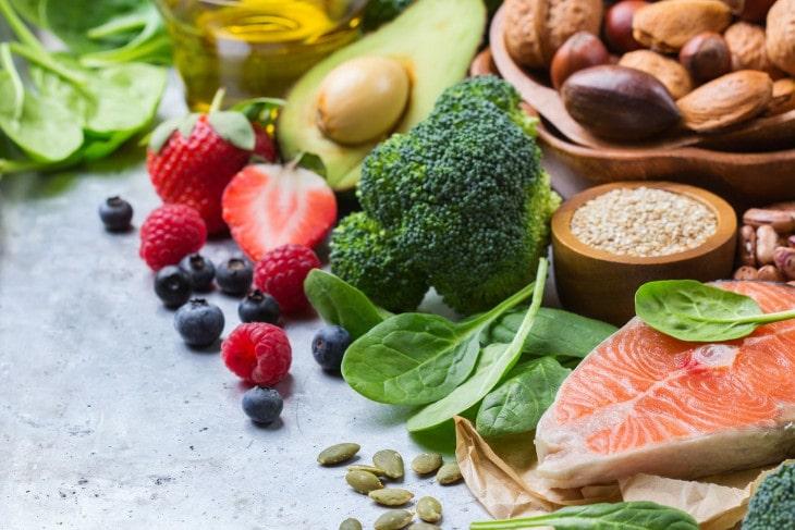 Người bệnh nên có chế độ ăn uống đầy đủ chất dinh dưỡng và khoa học