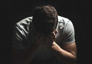 Nhiều quý ông đang phải đối mặt với tình trạng khó nói yếu sinh lý