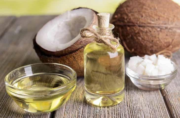 Kết hợp dầu dừa và mật ong để trị bệnh chàm khô