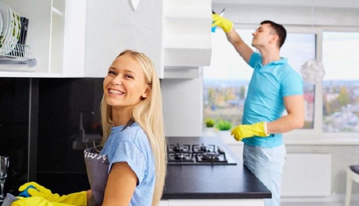 Người chồng nên chia sẻ công việc nhà với vợ