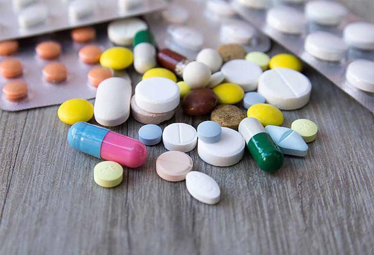 Nam giới có thể uống thuốc tân dược để điều trị bệnh