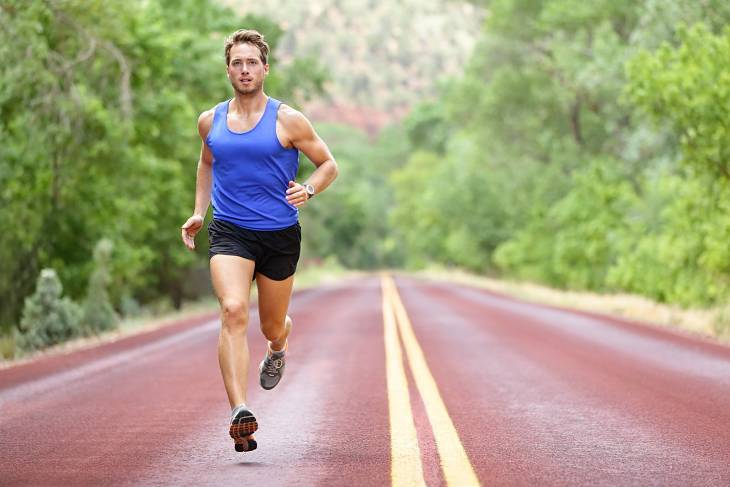 Tăng cường tập thể thao để nâng cao sức khỏe, mạnh gân cốt