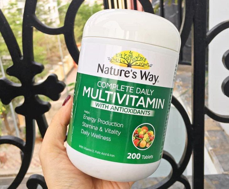 Viên uống Nature's Way Complete Daily Multivitamin giúp bổ sung nguồn vitamin to lớn cho sức khỏe