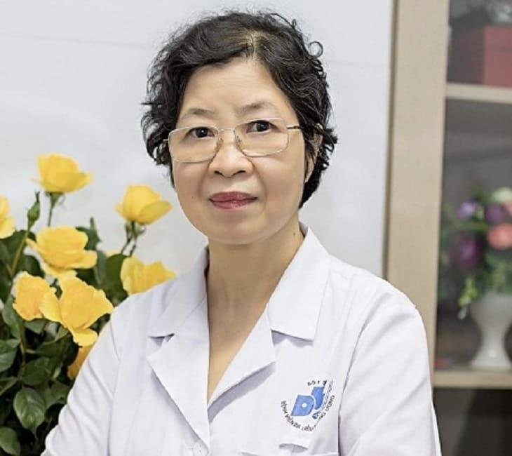 BS Lan Anh có thế mạnh trong việc điều trị bệnh viêm da cơ địa, vảy nến, viêm da dị ứng