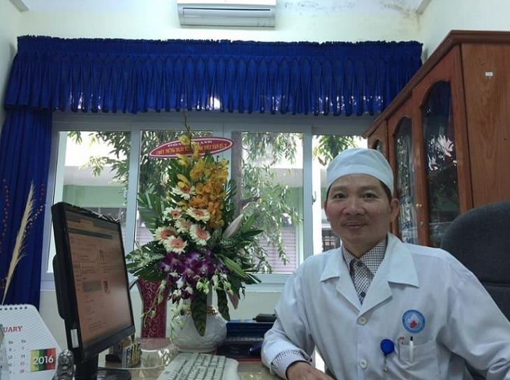 Bác sĩ chữa bệnh ngoài da giỏi ở Đà Nẵng - Võ Doãn Tuấn