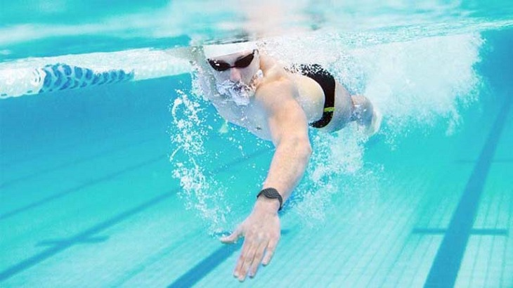 Bơi lội tác động rất tích cực tới sức khỏe sinh lý
