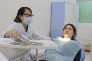 Chị Kiều Hương tái khám tại Bệnh viện Tai Mũi Họng Quân dân 102