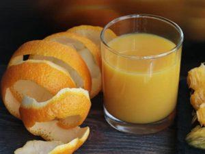 [Góc giải đáp cùng bác sĩ] Bị sỏi thận uống nước cam được không