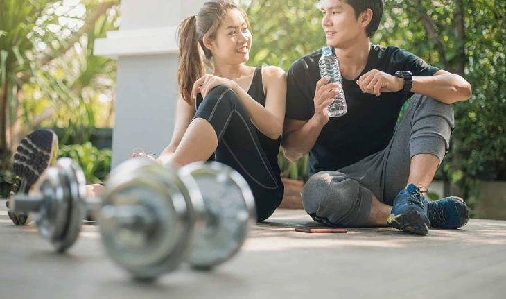 Bạn có thể cùng chồng tập luyện thể thao để nâng cao sức khòe