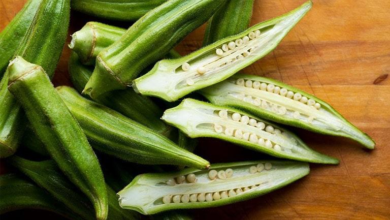 Dùng quả đậu bắp giúp cải thiện khô âm đạo theo mẹo dân gian