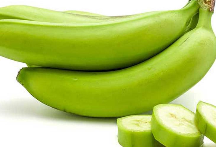 Chuối xanh kết hợp với tôm là món ăn hấp dẫn và giàu dinh dưỡng