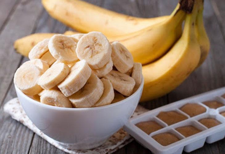 Nam giới nên ăn 2 quả chuối mỗi ngày để cải thiện sức khỏe sinh lý