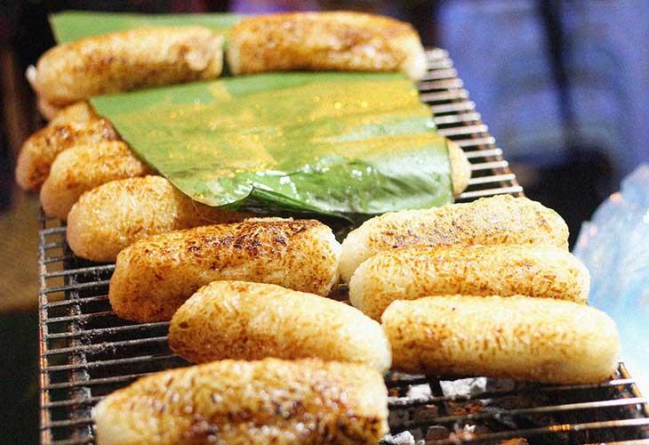Chuối nếp nướng là món ăn được nhiều người yêu thích
