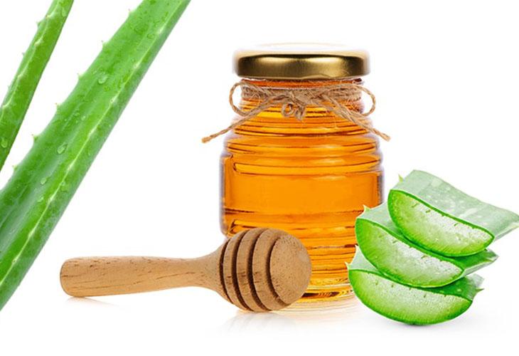 Chữa xuất tinh sớm bằng mật ong với nha đam là phương pháp an toàn, tiết kiệm
