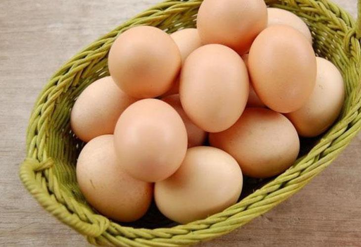 Thành phần của trứng gà có chứa một lượng dinh dưỡng khá lớn