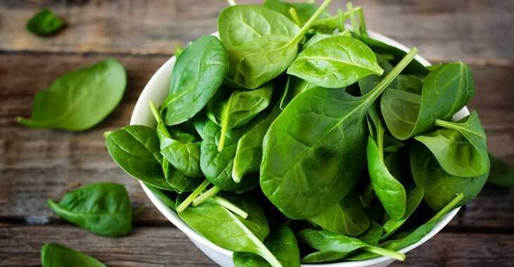 Rau xanh có khả năng kháng viêm, làm dịu cơn ngứa do dị ứng ở trẻ