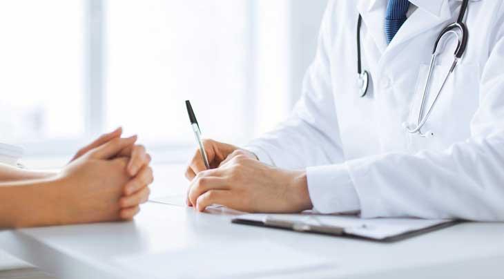 Các cơn đau dạ dày với tần suất dày đặc là lúc mẹ bầu nên đến gặp bác sĩ