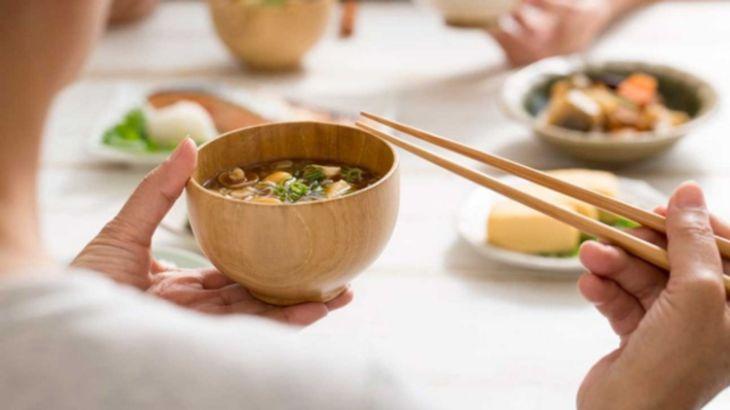Ăn chậm, nhai kỹ là nguyên tắc mà người đau dạ dày cần ghi nhớ