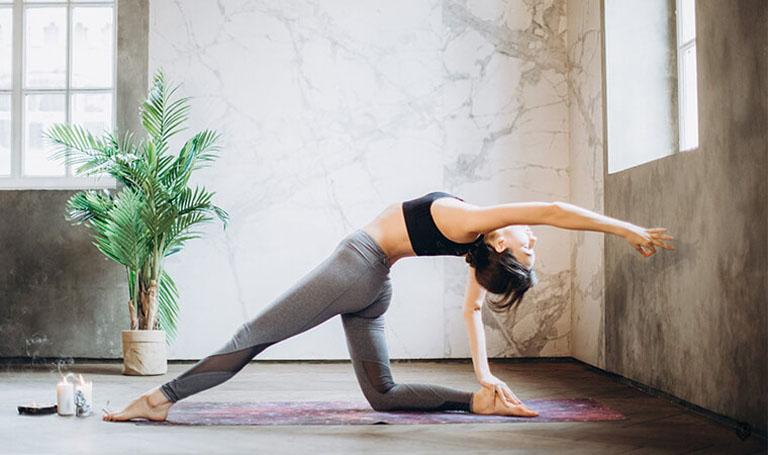 Tập yoga sẽ giúp cải thiện triệu chứng của bệnh viêm đại tràng khá hiệu quả