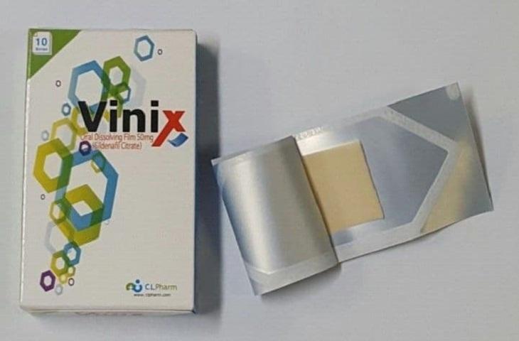 Tem Vinix Hàn Quốc được dùng theo dạng ngậm