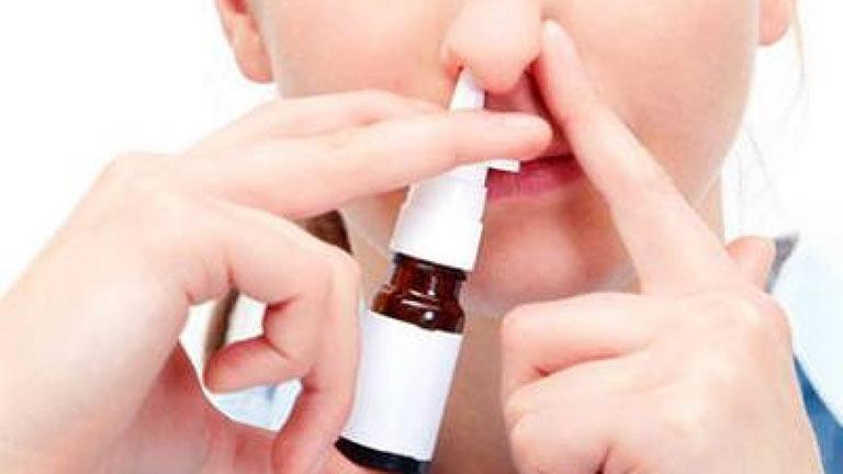Lạm dụng các loại thuốc xịt mũi gây ra nhiều tác dụng phụ