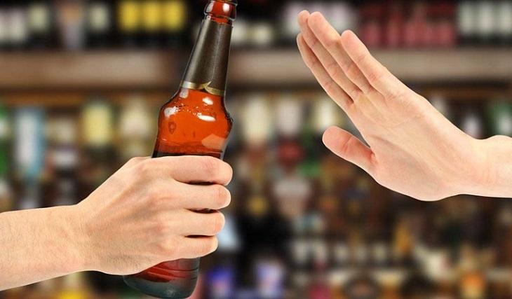 Tránh xa rượu bia và đồ uống có cồn khác trong thời gian sử dụng tinh chất hàu Orihiro Nhật