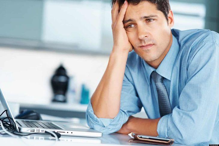 Xuất tinh sớm sẽ khiến nam giới cảm thấy căng thẳng, mệt mỏi, mất tập trung trong công việc