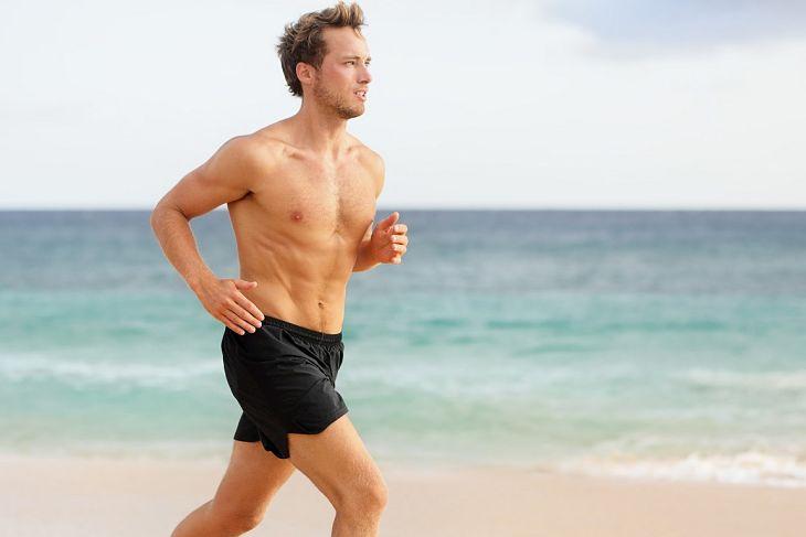 Quý ông nên giữ tâm tạng thoải mái, tránh căng thẳng, tập thể dục thường xuyên để cải thiện sức khỏe