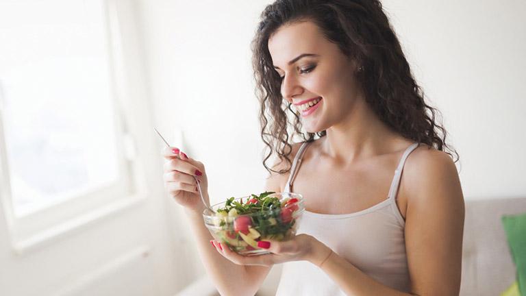 Ăn uống khoa học hỗ trợ cải thiện các triệu chứng của bệnh viêm xoang và phòng ngừa biến chứng