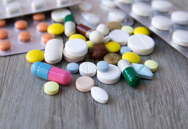 Thuốc kháng sinh được sử dụng với những người mắc bệnh á sừng ở chân thể bội nhiễm