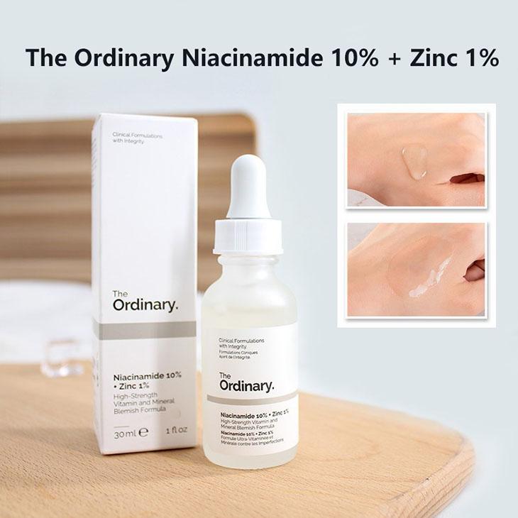 Các sản phẩm có chứa hoạt chất Niacinamide giúp ức chế sự phát triển của hắc sắc tố, là cách trị da đồi mồi được ứng dụng trong nhiều sản phẩm bôi
