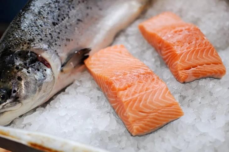 Các loại cá béo giúp giảm nhanh triệu chứng mẩn ngứa vô cùng hiệu quả