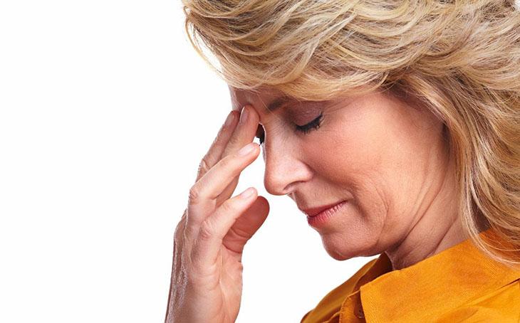 Tình trạng chóng mặt do việc suy giảm nồng độ hormone gây ra