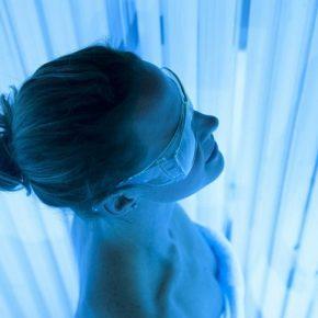 Tìm hiểu chi tiết các hình thức chiếu tia UVB trong trị bệnh