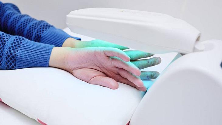 Hoạt động điều trị được điều chỉnh tùy theo đặc điểm cơ địa và khả năng đáp ứng của mỗi người