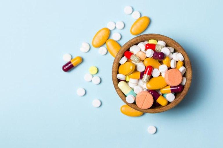 Không tự ý dùng kết hợp thuốc Gaviscon với các loại thuốc Tây y khác để tránh tình trạng tương tác thuốc