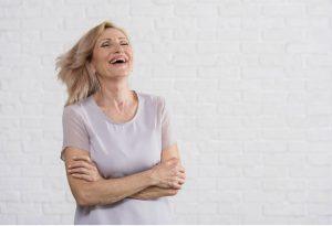 Phụ nữ mãn kinh ở độ tuổi ngoài 55 có khả năng ghi nhớ tốt hơn những người mãn kinh sớm