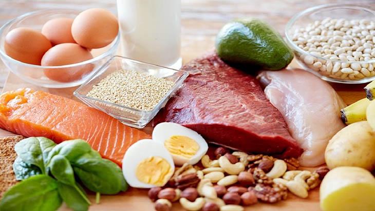 Chế độ ăn uống hàng ngày ảnh hưởng rất lớn tới nồng độ nội tiết tố trong cơ thể phụ nữ