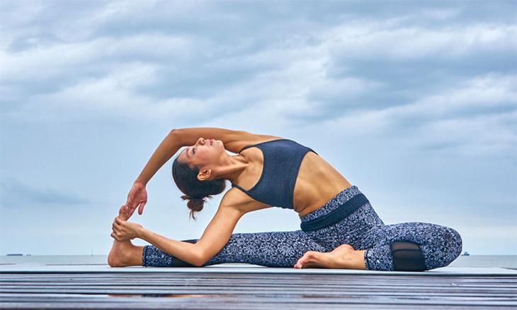 Yoga là bài tập đơn giản, mang lại hiệu quả cao có thể tập ngay tại nhà