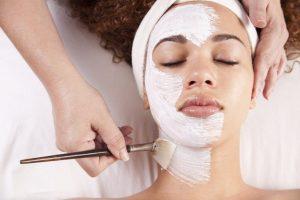 TOP 9 loại mặt nạ trị nám tàn nhang có thể áp dụng ngay tại nhà