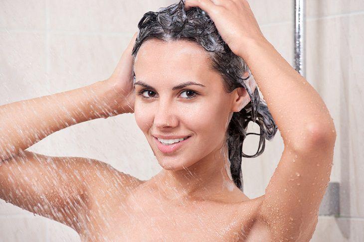 Tắm gội sạch sẽ đúng cách sẽ giúp phòng ngừa bệnh á sừng