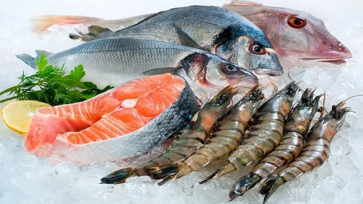 Bị nám da không nên ăn gì - Chị em nên kiêng ăn hải sản