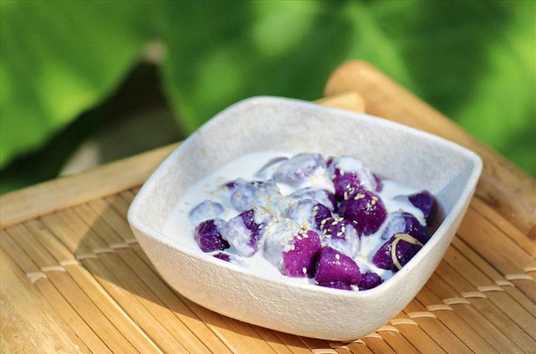 Đẩy lùi triệu chứng táo bón bằng cách bổ sung chè khoai lang vào trong thực đơn ăn uống của sản phụ