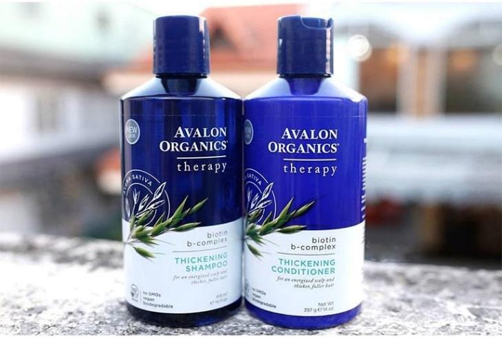 Avalon Organics là sản phẩm của Mỹ giúp loại bỏ lớp sừng dư thừa