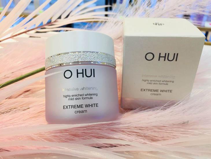 Ohui Extreme White Cream là dòng kem cao cấp được chiết xuất từ dược liệu quý